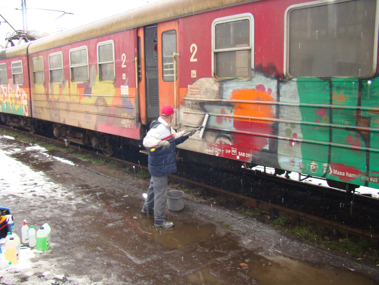 usuwanie graffiti pociag 5 - Photo Gallery